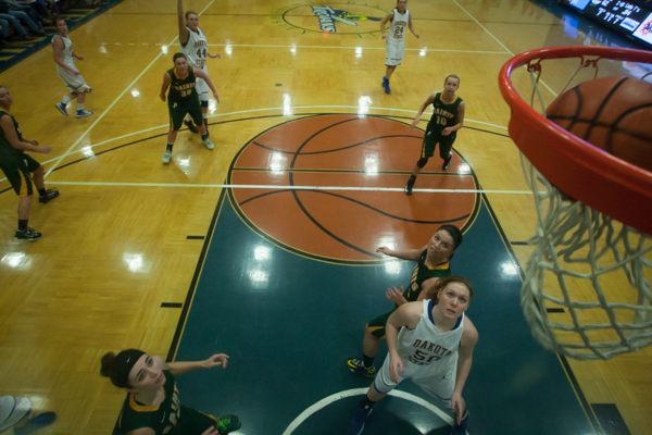 Women's Basketball 1st Round NSAA Conference Tournament - Photo 7
