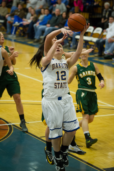 Women's Basketball 1st Round NSAA Conference Tournament - Photo 12