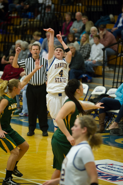 Women's Basketball 1st Round NSAA Conference Tournament - Photo 36
