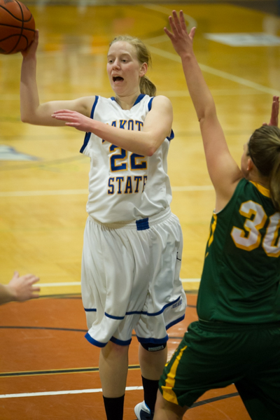 Women's Basketball 1st Round NSAA Conference Tournament - Photo 37